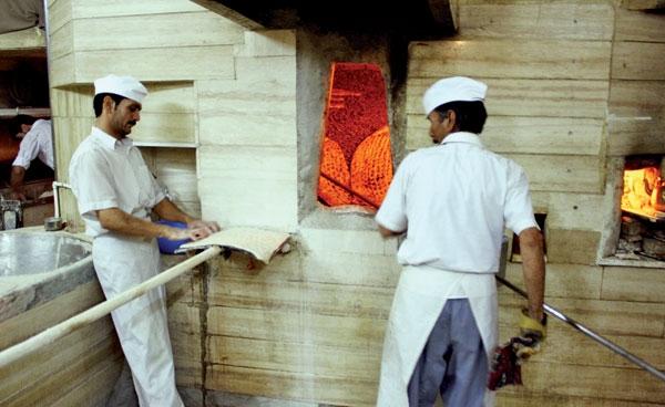 عرضه نان به قیمت جهانی تصویب شد