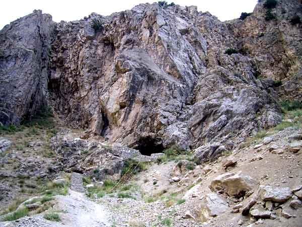 آشنایی با غار یخ مراد - البرز