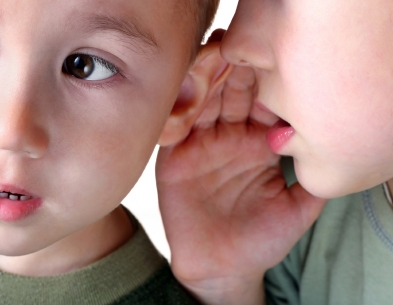 مشکل شنوایی برای کودکان انگلیسی