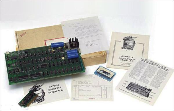 یکی از اولین رایانه های شخصی جهان، اپل 1