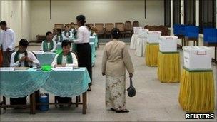 رای گیری در  میانمار پس از 20 سال