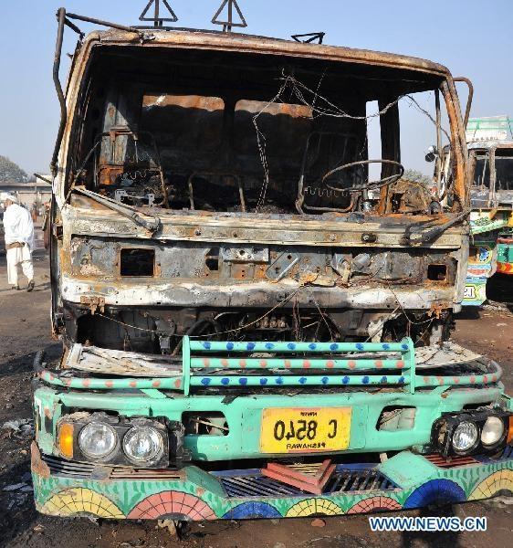 آتش زدن 10 تانکر سوخت ناتو در پاکستان