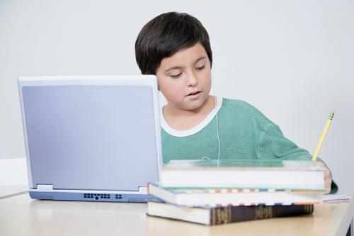 نوجوان - کامپیوتر