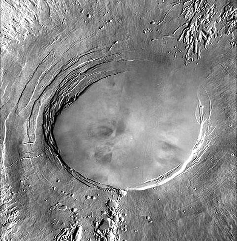 آتشفشان سامانه خورشیدی در مریخ