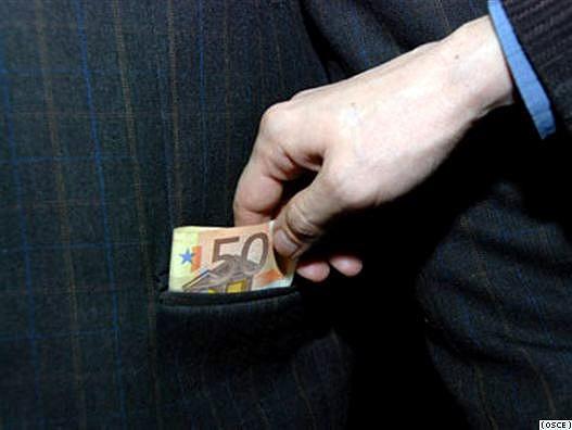 فساد مالی در جهان گسترش یافته است