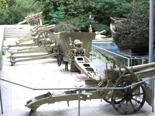 آشنایی با موزه نظامی کاخ سعدآباد - تهران