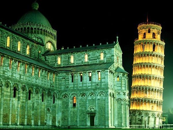 آشنایی با برج پیزا - ایتالیا
