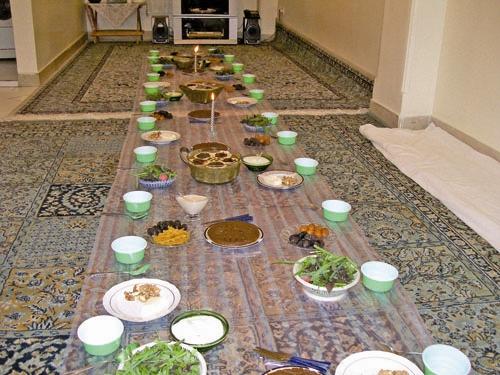 آشنایی با پیامدهای تغذیه غلط در ماه رمضان