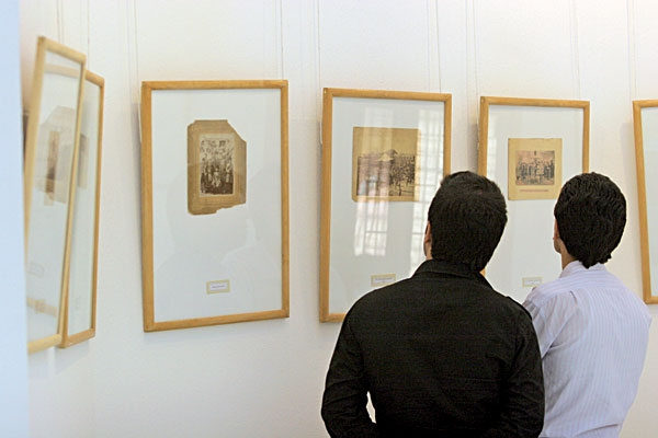 عکس نمایشگاه