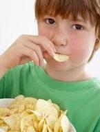رژیم نامناسب غذایی باعث رشد فشارخون در کودکان میشود