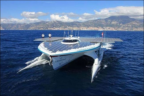 سفر طولانی بزرگترین قایق خورشیدی دنیا آغاز شد