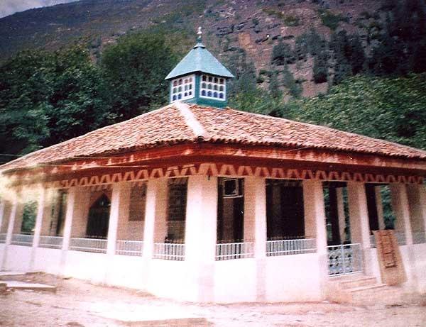 آشنایی با عجایب هفتگانه اشکورات - گیلان