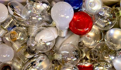 EU bans 75-watt bulbs