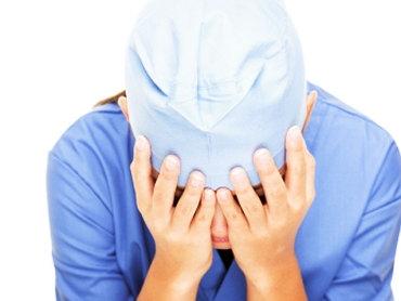 خطاهای پزشکی جراحان آمریکایی را به سوی خودکشی میراند