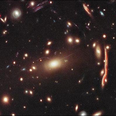 تصویر جدید هابل از خوشه کهکشانی MACS J1206.2-0847