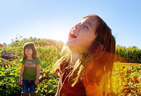 آشنایی با مواد مغذی و اساسی مورد نیاز کودکان