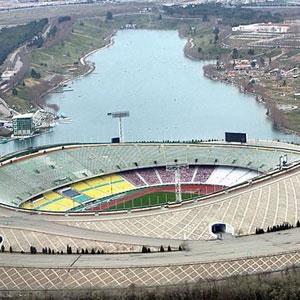 مانور 12هزارنفری مقابله با بحران تهرانیها در ورزشگاه آزادی