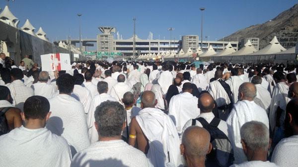 حرکت از مشعر الحرام به منا و اعمال روز عید قربان
