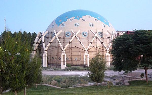 افلاک نمای خیام واقع در شهر نیشابور