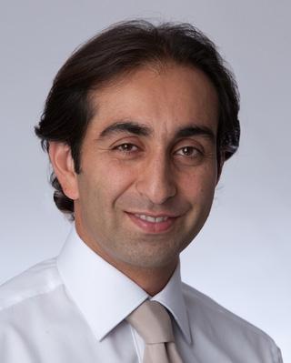 دکتر بابک لاریان