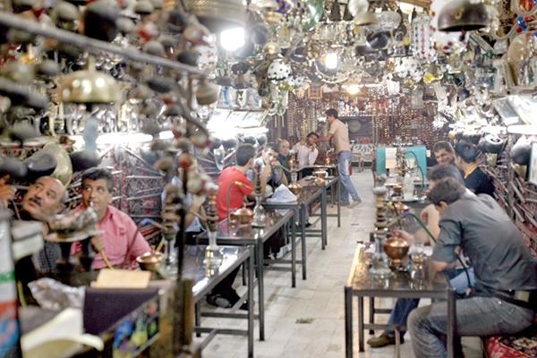 استعمال دود در قهوهخانهها آزاد شد