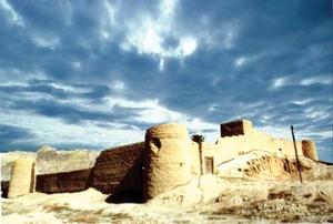 آشنایی با قلعه زائر خضرخان - بوشهر