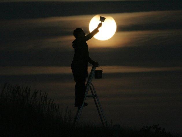بازی با ماه