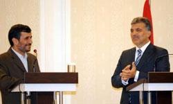 عبدالله گل: اصلاحات همسو با خواست ملتها مورد توجه قرار گیرد