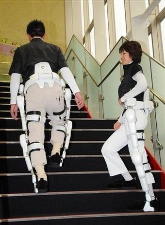 لباسهای روباتیک جای صندلی چرخ دار را میگیرند