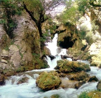 آشنایی با آبشار آتشگاه - چهارمحال و بختیاری