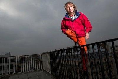 مرد عنکبوتی فرانسوی به بلندترین برج جهان فکر میکند