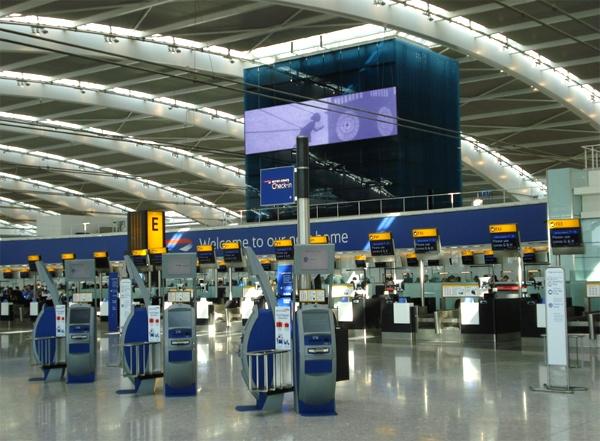 آشنایی با فرودگاه هیثرو لندن - بریتانیا