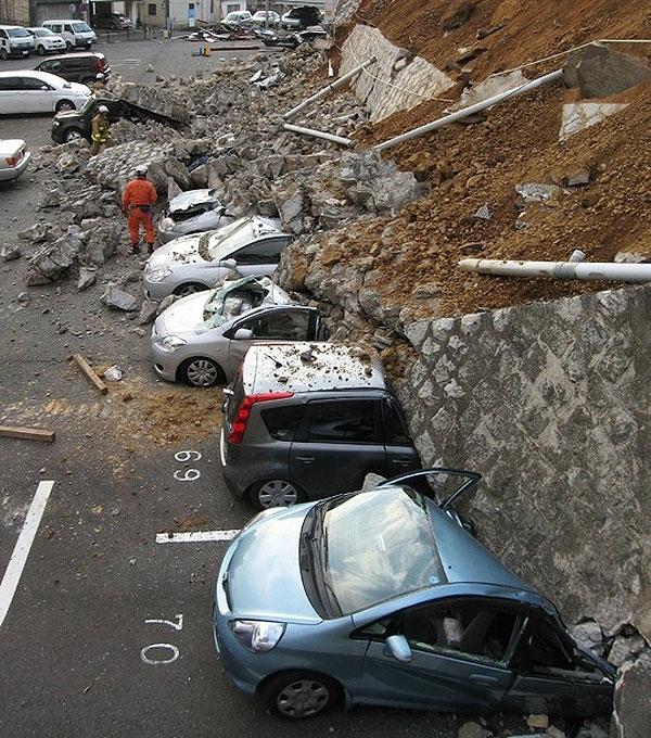نخستین تصاویر از زلزله و سونامی مهیب ژاپن