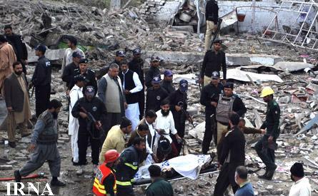 انفجار بمب در پاکستان به 35 کشته بر جا گذاشت