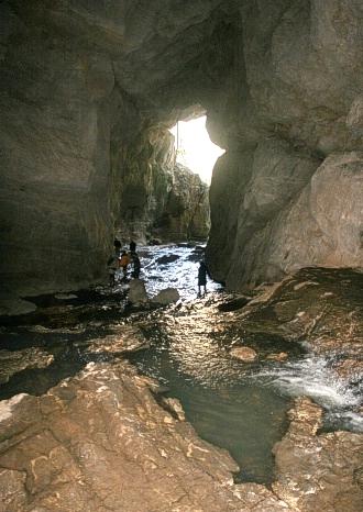 آشنایی با غار شیرآباد - گلستان