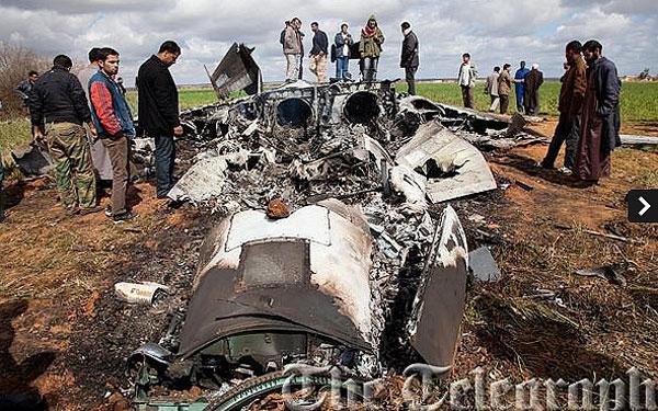 تصاویر جنگنده سقوط کرده آمریکا در لیبی