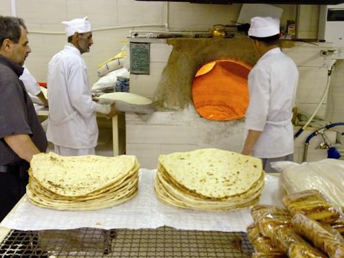 آرد نامرغوب و نارضایتی نانوا و مشتری