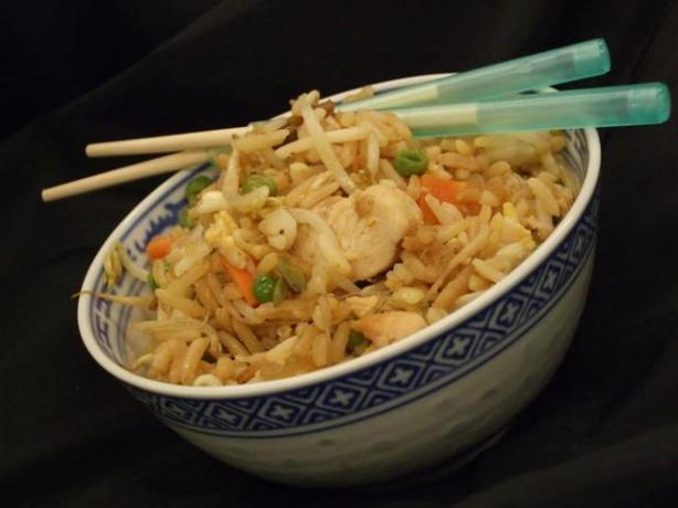 برنج سرخ کرده مخلوط به سبک چینی
