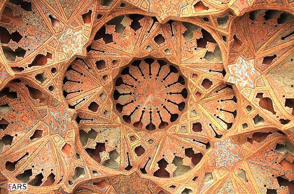 آشنایی با عمارت عالیقاپو - اصفهان
