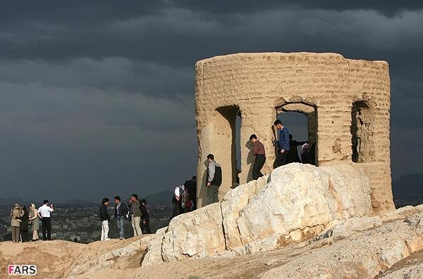 آشنایی با آتشکده آتشگاه - اصفهان