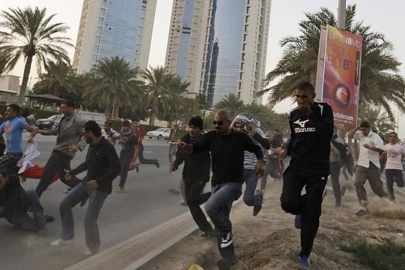 حمله نیروهای امنیتی بحرین به کاروان های عزاداری