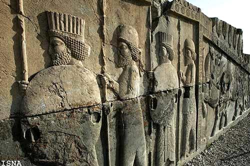 آشنایی با آثار باستانی تخت جمشید - فارس