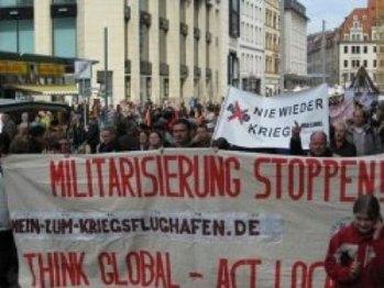تظاهرات هزاران آلمانی در اعتراض به سیاست های دولت