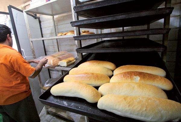 نان صنعتی از اول اردیبهشت ،گران میشود
