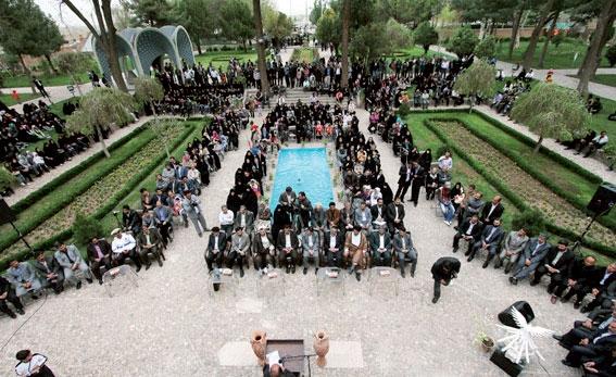 پایان بزرگداشت عطار، آغاز روز سعدی و بیتوجهی به مردم
