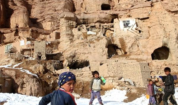 آشنایی با تندیسهای بودا در بامیان - افغانستان