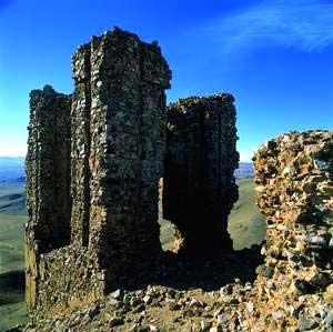 آشنایی با قز قلعه - قزوین