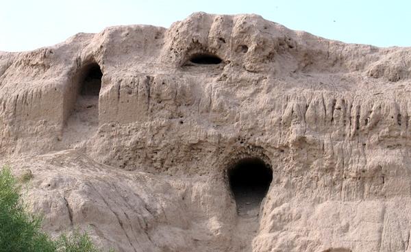 آشنایی با قلعه ایرج - تهران