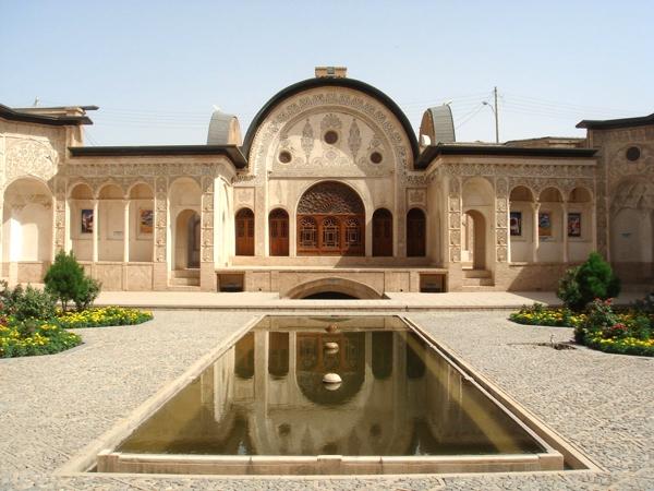 آشنایی با جاذبههای گردشگری شهر تاریخی کاشان - اصفهان