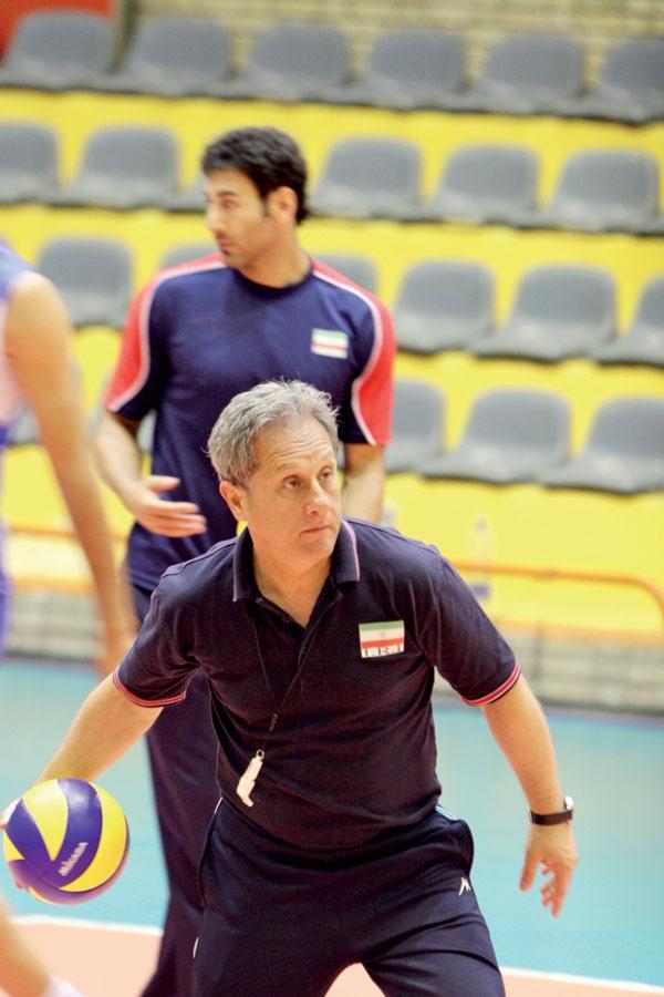والیبال مربی